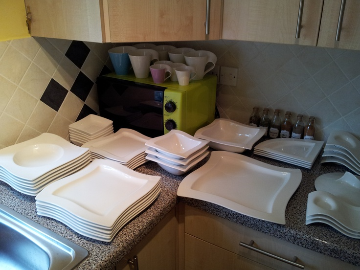 My New Wave set by Villeroy & Boch... makes every meal utterly stylish!! Even changes the taste ;)