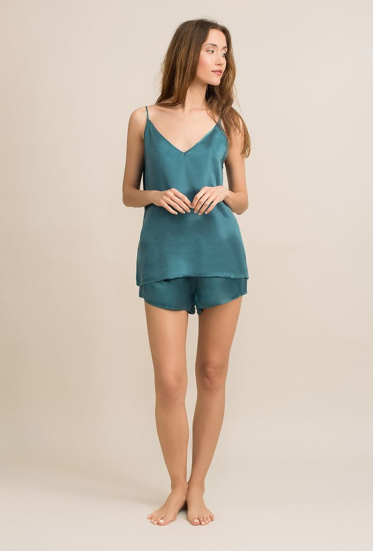 Double V-neck top in cupro sandwashed satin Ivy teal - MOYE homewear