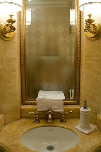 It's been said that using the washrooms in the lobby of the Waldorf Astoria has, by now, become a rite of New York.