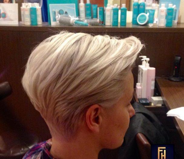 Niet van de donkere haarkleuren?? Bekijk hier de 10 meest trendy korte kapsels van dit moment! - Kapsels voor haar