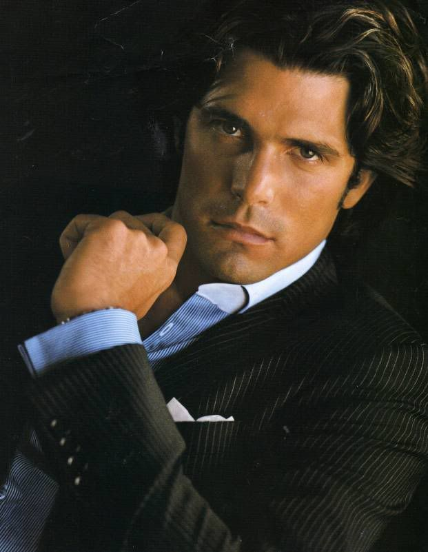 Afternoon eye candy...Argentine Polo Player Nacho Figueras :)