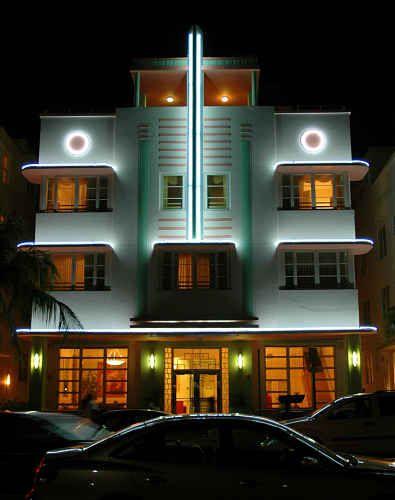 3 Amazing Facts On Art Deco Style Around The Globe - Art Deco building in Miami