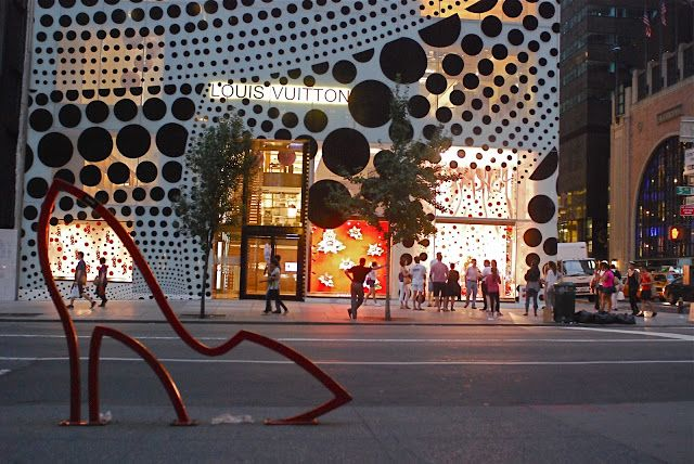 NYC ♥ NYC: Louis Vuitton Collaborates With Artist Yayoi Kusam...