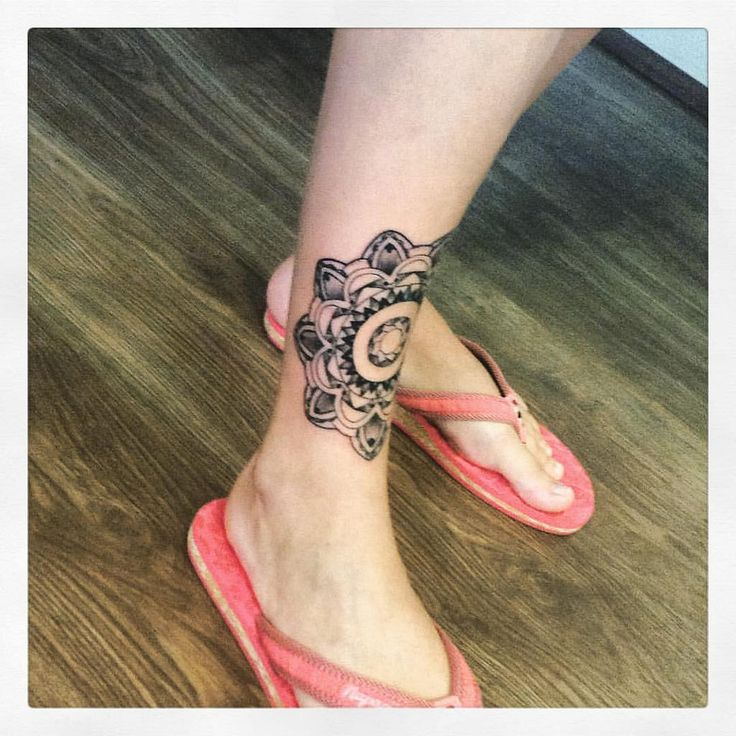 #mandala #mandalatattoo #tattoo #tattos #tetovani #tetovanie #tetovaniliberec #tattooliberec #rasg #rasgtattoo #liberek #liberec #liberecgram #libereccity #libereckykraj #holen