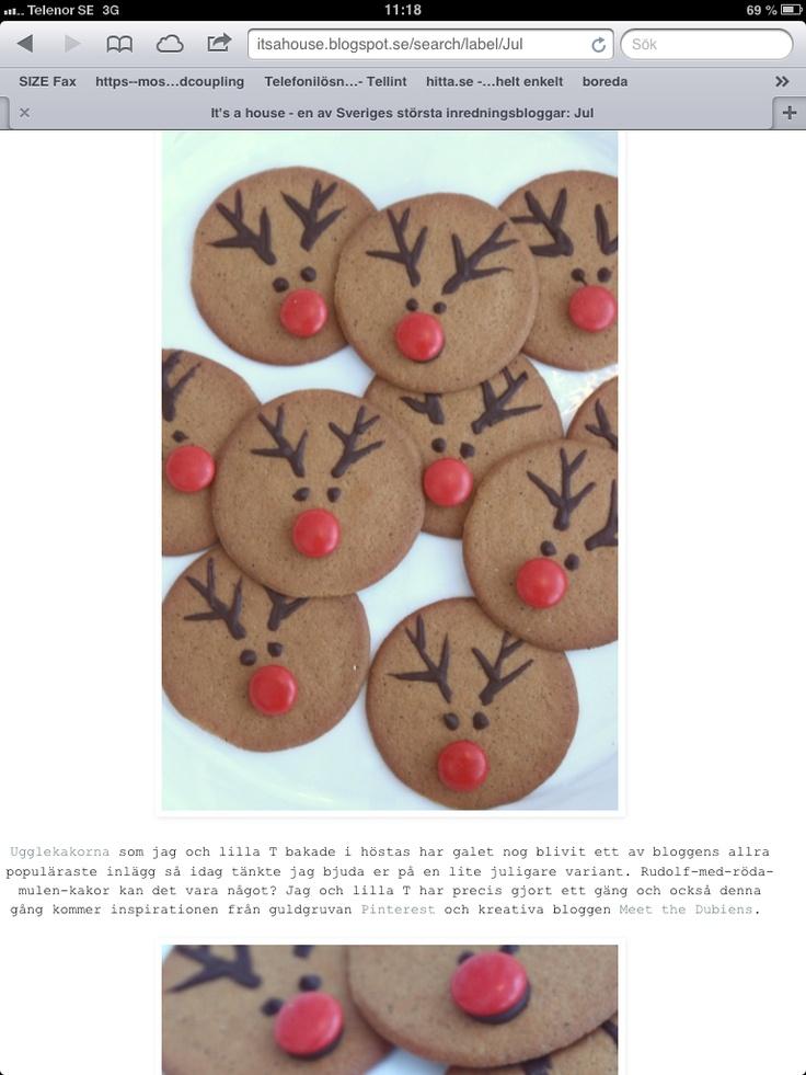 Pepparkakor för Jul. Rudolf med röda mulen. Choklad och godis.