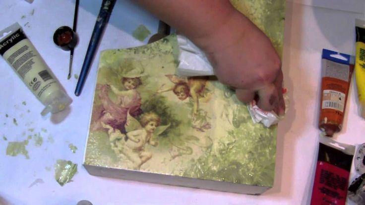 Decoupage con degradado hecho con papel o plastico
