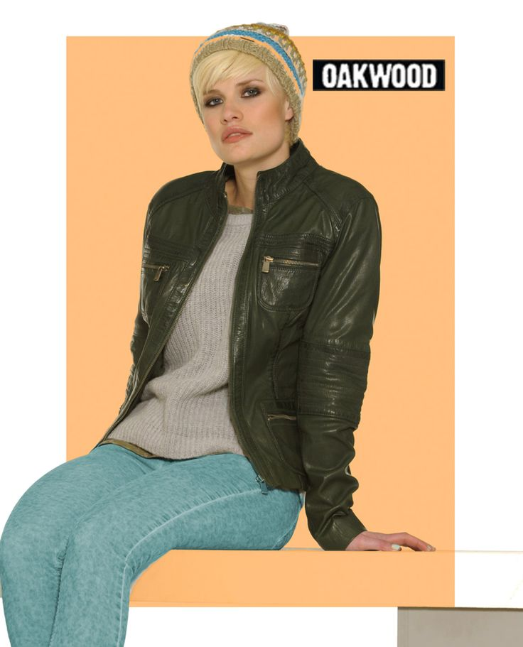 Model Coraly van Oakwood. http://www.leathertribe.be/nld/17/kort-lederen-vest-oakwood-model-coraly