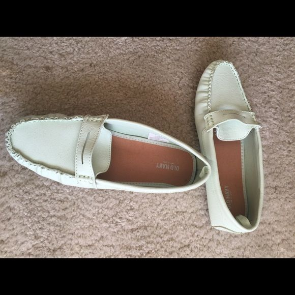 Old navy loafers! Mint green, gently worn Gently used! Great loafers! Beautiful color! Old Navy Shoes Flats & Loafers