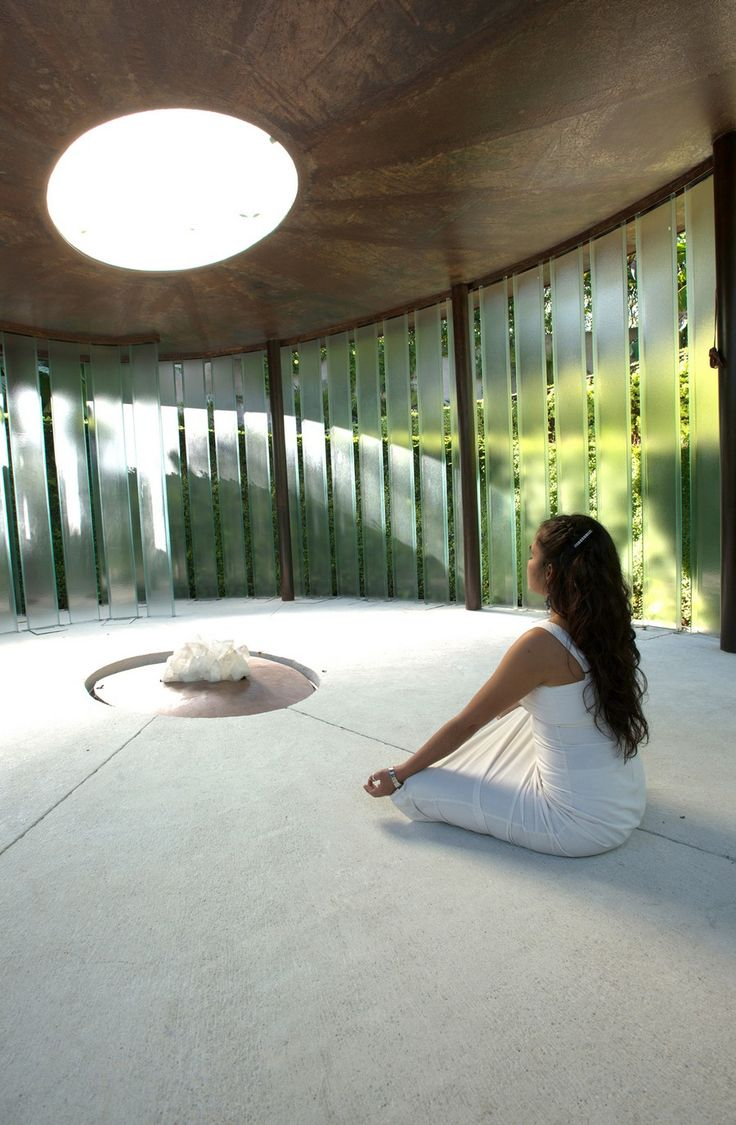 Discreet Modern Design for Private Meditation Chapel in Mexico