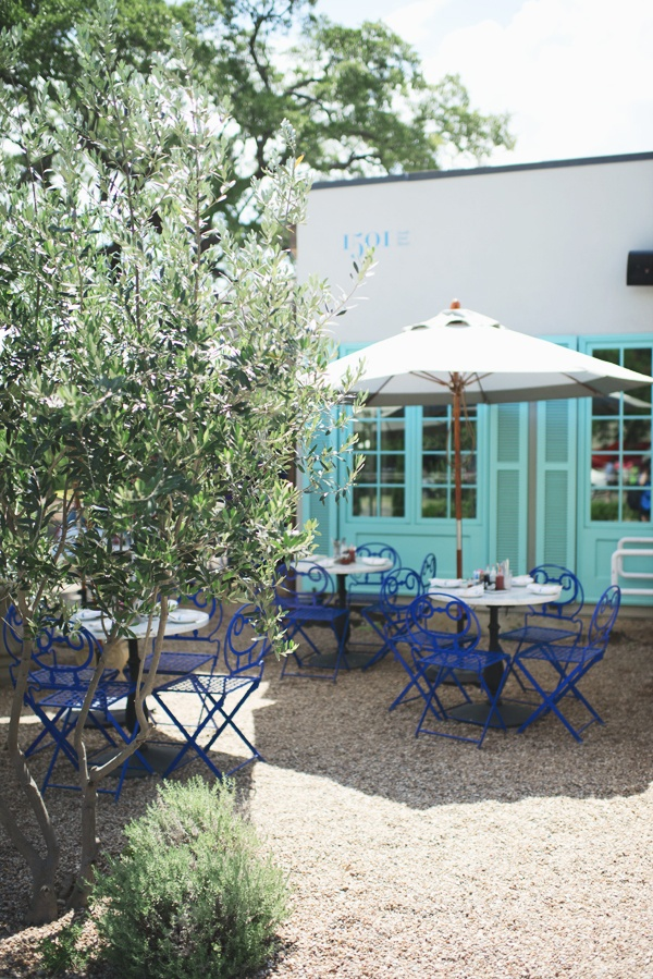 Elizabeth Street Cafe in Austin, Texas - Desert hues - Arid garden / outdoor space - Turquoise blue and white