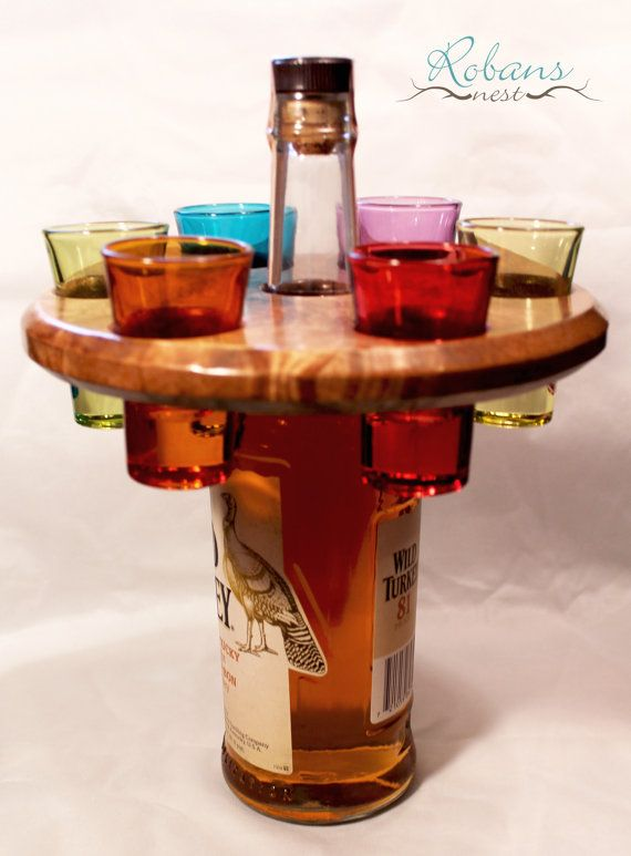1000 ideas about bottle display on pinterest restaurant for Glass bottle display ideas