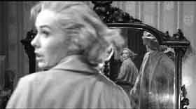 Vera Miles caught in Mise en abyme Psycho, 1960