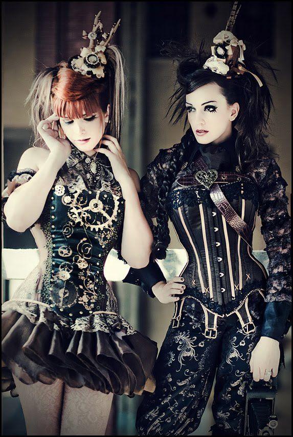 steampunk girls: Steampunkfashion, Steampunk Fashion, Halloween Costumes, Girls Night, Steam Punk, Victoria France, Steampunk Girls, Costumes Ideas, Steampunk Outfits