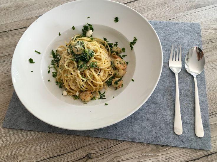 Pasta Scampi e Spinaci alla  Vapiano, ein sehr schönes Rezept aus der Kategorie Gemüse. Bewertungen: 49. Durchschnitt: Ø 4,3.