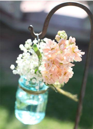 outdoor wedding ceremony decorations ideas http://www.itakeyou.co.uk/wedding/rustic-wedding-jen-dillender/