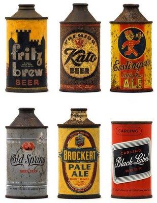 Acervo de latas antigas de cerveja
