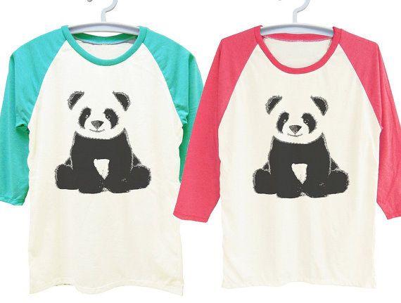 Estas camisetas de béisbol cómodas. | 22 Cosas adorables que necesitas si te encantan los pandas