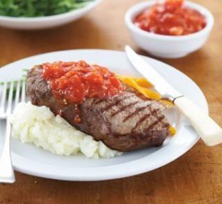 steak with chilli w/grain mustard yoghurt sauce