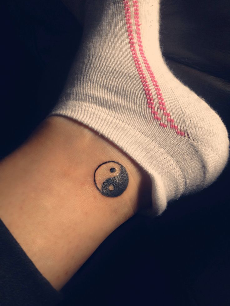 Small Yin-yang tattoo | Ankle tattoo small, Tattoos, Yin