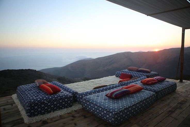 in Malibu, US. Escape Los Angeles to this incredible getaway!  Perched on a private bluff and surrounded by pristine nature and wildlife the airstream boasts infinite ocean views, quietness and style.