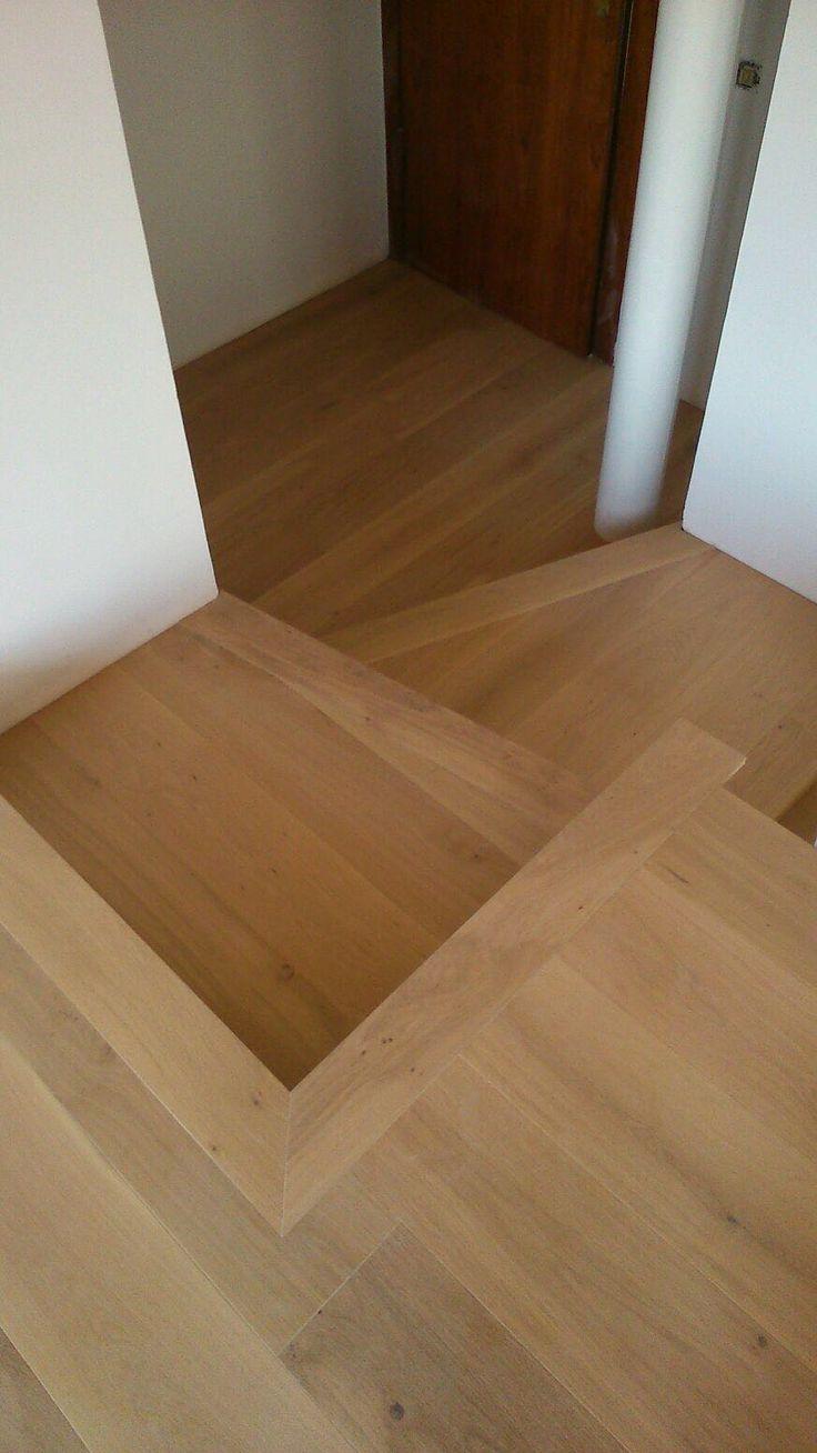 M s de 25 ideas incre bles sobre escaleras de roble en - Colocacion suelos laminados ...