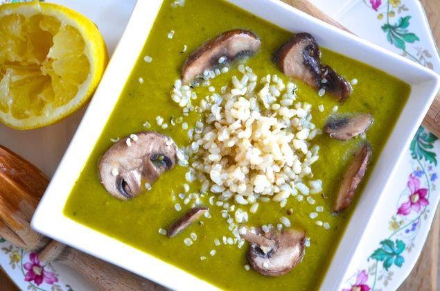 Wanneer ik zin heb in een makkelijke en snelle maar toch gezonde maaltijd dan maak ik graag deze lekkere preisoep. Wat een power heeft die groente! Recept: