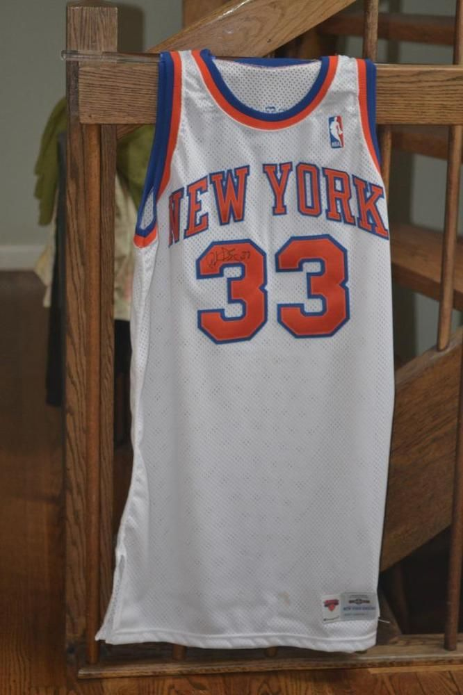 51bf68468 AUTHENTIC GAME WORN PATRICK EWING NEW YORK KNICKS SIGNED 33 JERSEY NBA MINT  (eBay Link)