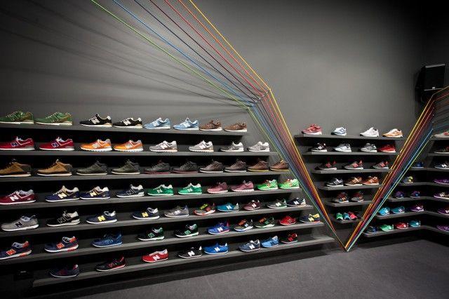 Run Colors Sneaker Store-4