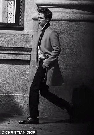 Dior Homme Intense Campaign 2016 Although Robert has won plenty of fans with his handsome looks, he recently revealed that ...