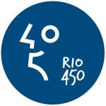 """Comemoração, memória e plataforma digital. Um documentário fotográfico crowdsourcing sobre o Rio de Janeiro de hoje, inspirado por temáticas de cunho histórico. Descrição: """"450 anos do Rio. 1 foto por dia,15 períodos históricos, 65 temas semanais. Vamos """"co-memorar"""" a história da cidade até março de 2015. Participe."""""""