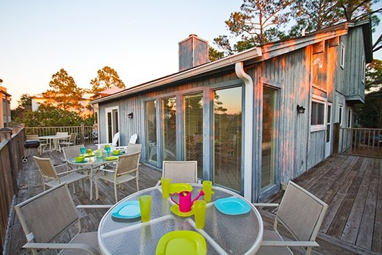 Tybee Island Vacation Rentals | Gray Heron | Large Creek front Home - Great for Families and Reunions