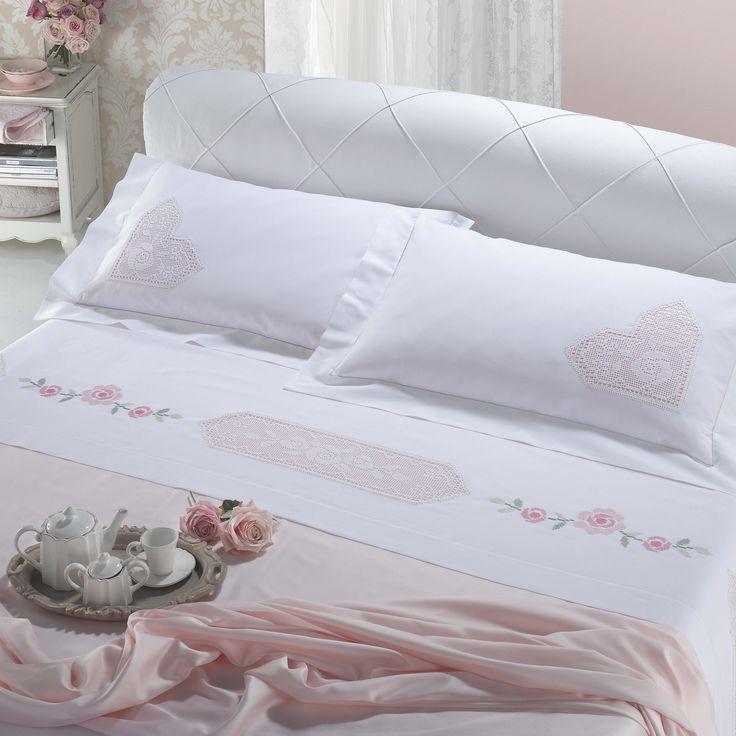 Misto lino disegnato e schema, per parure letto matrimoniale con inserti uncinetto - Camera - Manidifata.it