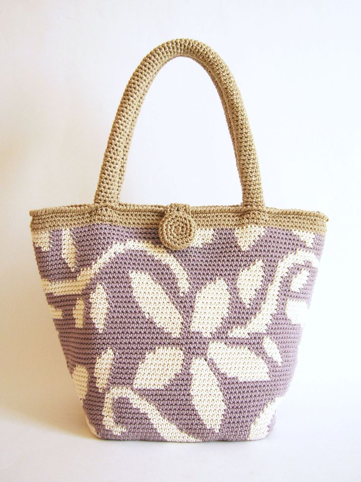 Crochet pattern for flower tote. Practice tapestry crochet to form a drawing. Charts with symbols, written instructions and images by ChabeGS on Etsy