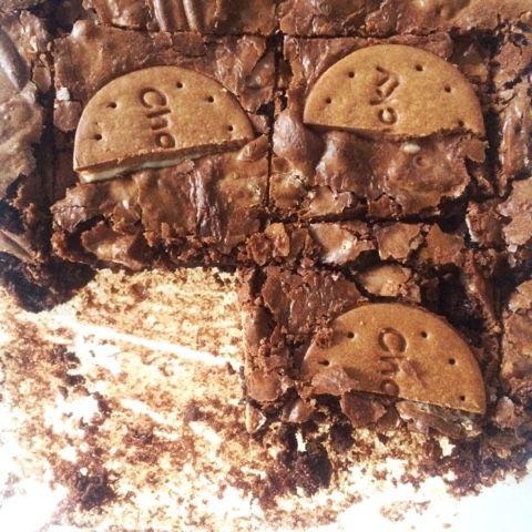 Guetzli Brownies mit Chocky-Biskuits aus der Migros von @sophiescaramuzz