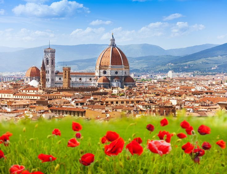 The best time to visit #Italy is in spring! Check out our guide to learn why.