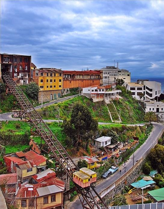 valparaiso, chile. i loved this town. afar magazine.