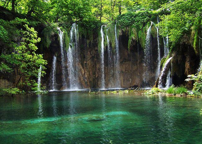 5 Most Beautiful Lakes in Eastern Europe Part III: Plitvice Lakes   Treksplorer.com