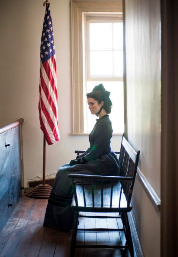 """Civil War nurse Mary Phinney is played by Mary Elizabeth Winstead in the PBS series, """"Mercy Street"""" (2016)."""