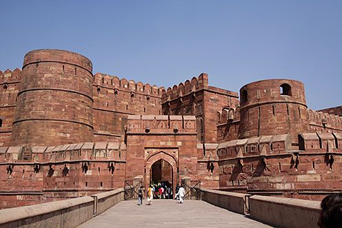 Agra Fort, situated 2.5 km near the gardens of Taj Mahal. Popularly known as Red Fort of Agra. The fort is described as walled city. Many Great Mughal Rulers like Akbar, Humayun, Shah Jahan and Aurangzeb lived in this Fort. The fort was transformed into a palace during Shah Jahans time, and amended comprehensively with marble.