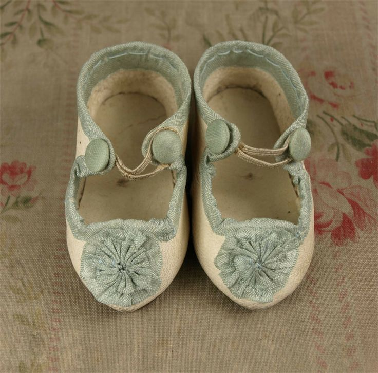 Antique White Kid Leather French Shoes for JUMEAU, Bru or other French Bebe Doll