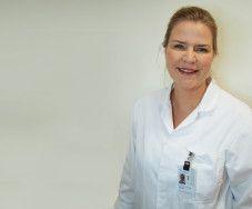 Linda Jakobsen på Legevakt Vest vet hvordan fin hud og naturlig utseende oppnås.