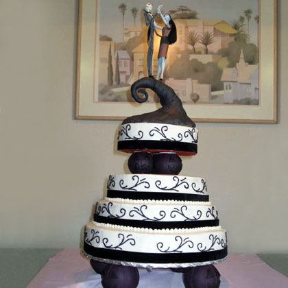Jack and Sally Wedding Cake (How to: http://di.sn/g8b)
