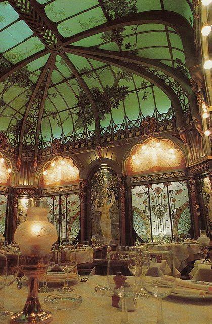Fermette Marbeuf Restaurant, Paris