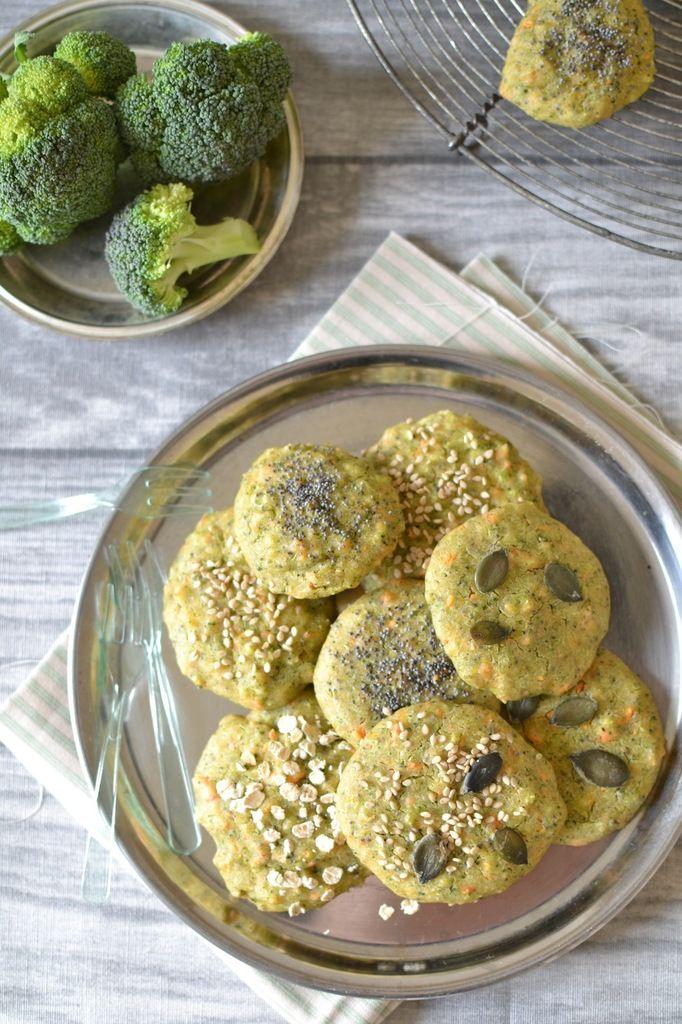 Biscuits végétaux brocoli-carotte { Sans gluten }Biscuits végétaux brocoli-carotte { Sans gluten } // Vegan broccoli & carrot biscuits (gluten-free) http://www.lesrecettesdejuliette.fr