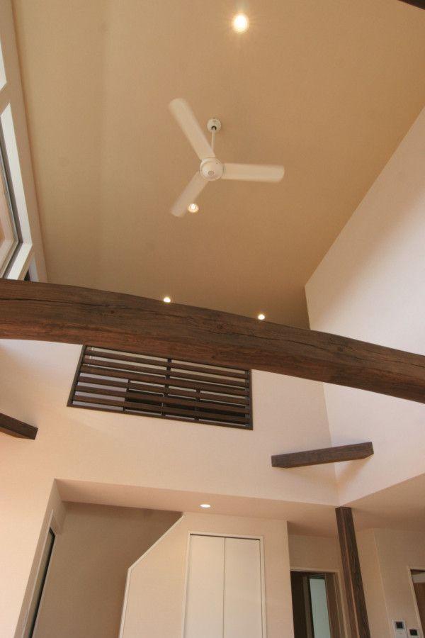 吹抜け 勾配天井 事例集 京都で新築 建替えをお考えなら 注文住宅