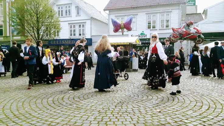Good Pieces In Life: Syttende mai 2017 - National day of Norway