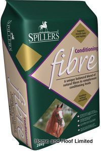 Spillers Conditioning Fibre 20kg Spillers Conditioning Fibre contains a special blend of natural fibres to help keep your horse or pony eating for  longer when compared to cubes and mixes.