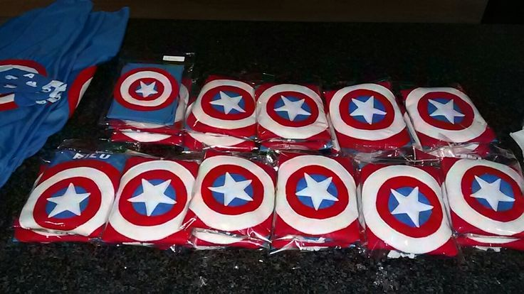 Captain America budget party capes