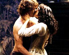 Jamie & Claire from the Outlander series - sassenach4life: Fraser Love The Fox's Lair...