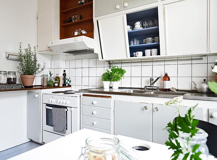 25+ parasta ideaa Kaapit Pinterestissä  Keittiöideat,Kylpyhuoneet ja Keitti